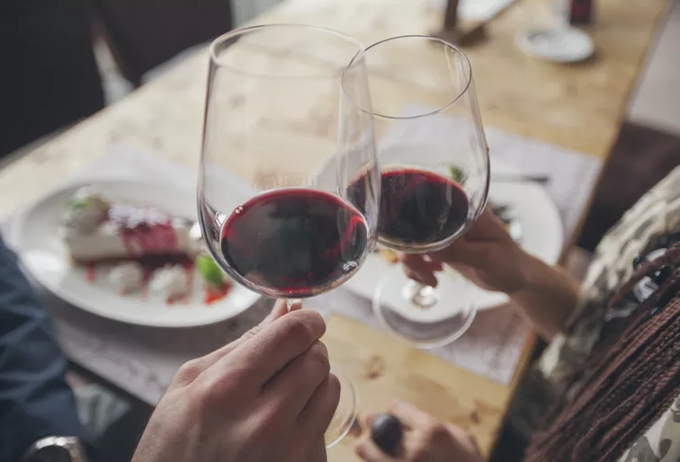 Is It Bad For Your Teeth To Drink Red Wine